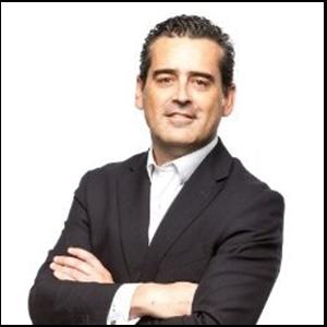 Carlos_Dominguez
